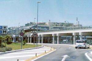 Autoverhuur Bari Palese Luchthaven